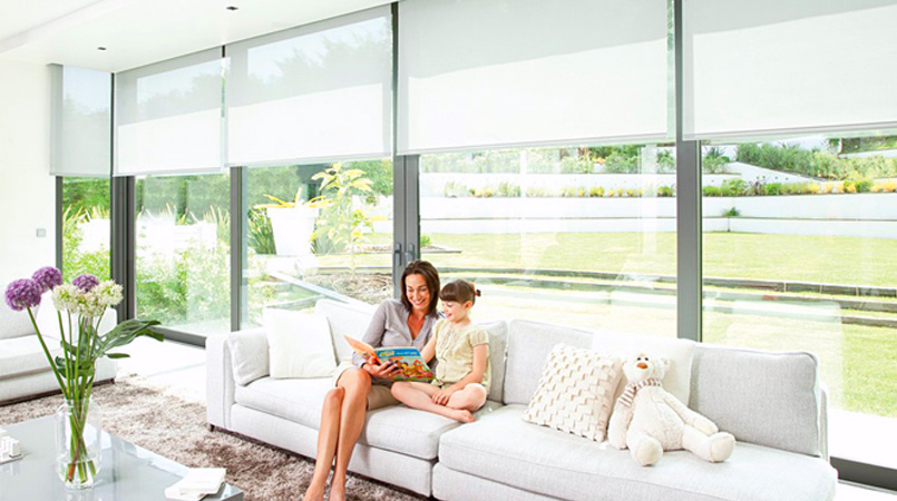 What are motorised blinds- Know its benefits for your home